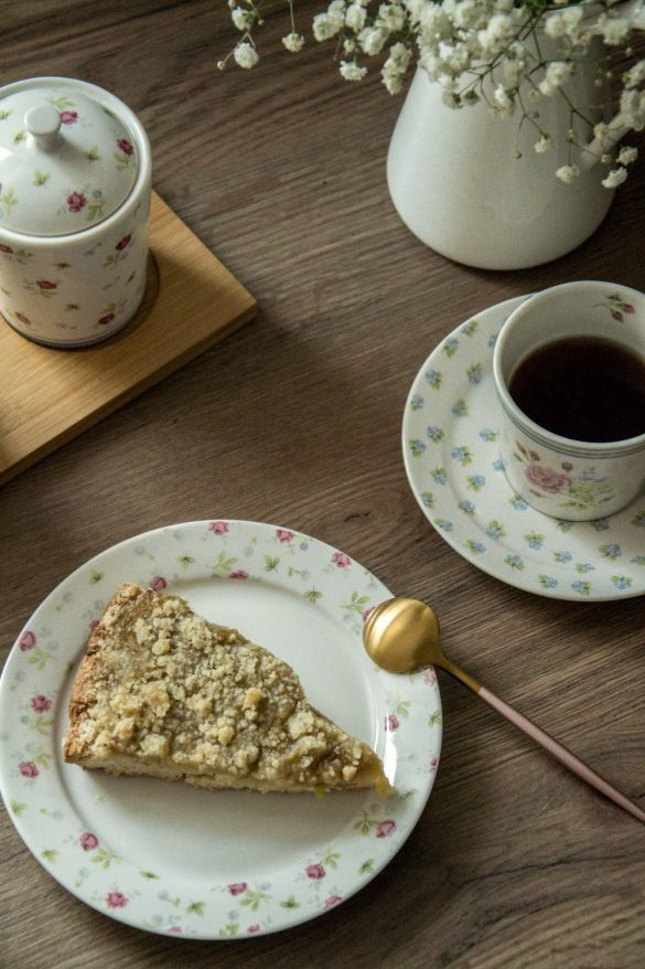Wegańskie ciasto rabarbarowe - bele kaj, blog podróżniczy po śląsku