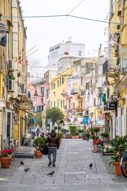 Spotyka się z mężczyzną z Neapolu we Włoszech