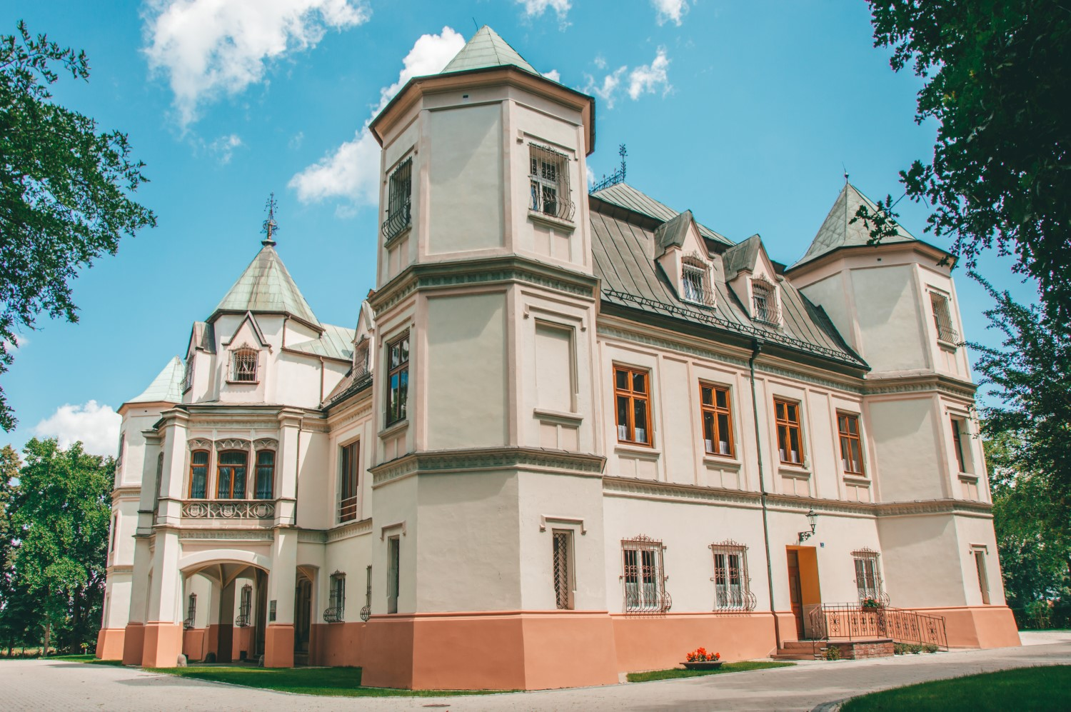 Pałac w Krzyżanowicach, Śląsk - bele kaj - blog podróżniczy